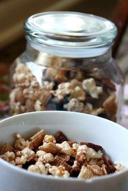Snickerdoodle Chex MixChocolates, Recipe, Sweets Treats, Food, Snickerdoodles Chex, Snacks, Cinnamon Chex, Cooking, Chex Mixed