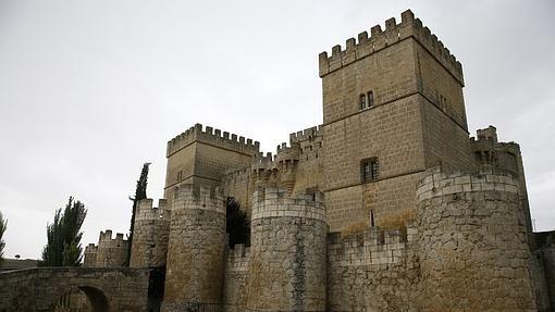 Peñafiel, Medina del Campo, Ampudia o Ponferrada albergan algunas de las…