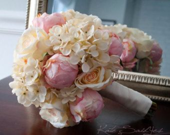 Shabby Chic Wedding Bouquet Peony Rose e ortensie di KateSaidYes