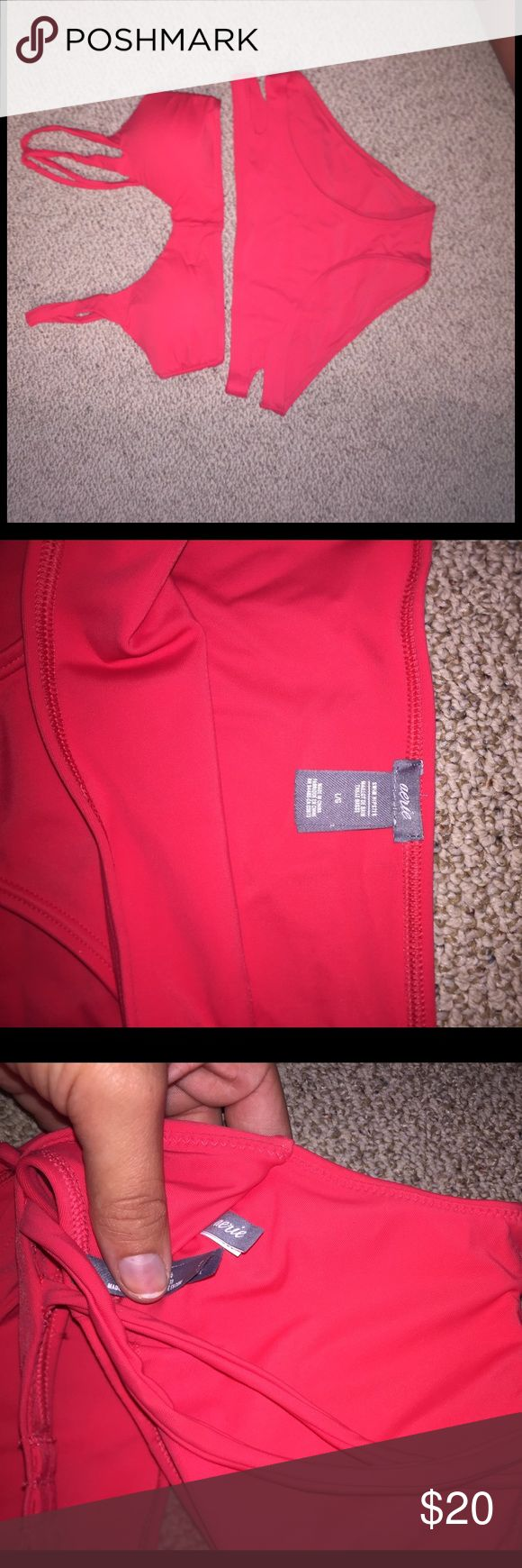 NEW ARIE BATHINGSUIT!! Never worn, only tried on. Does not fit my boobs-was hoping to lose the weight and never happened :/ open to reasonable offers! It's a beautiful suit American Eagle Outfitters Swim Bikinis