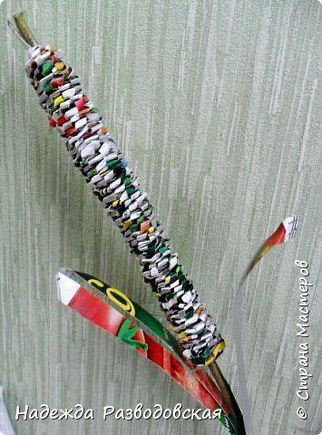 Мастер-класс.  Спиральное плетение вокруг каркаса.( Из соломки,  газетных трубочек, картонных полосок) фото 32