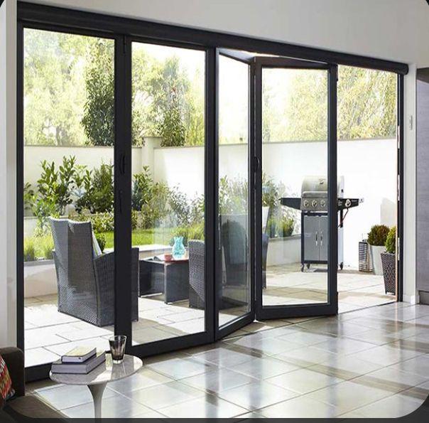 Tengo Una Puerta Al Lado De Patio In 2020 Folding Patio Doors Living Room Sliding Doors Glass Doors Patio