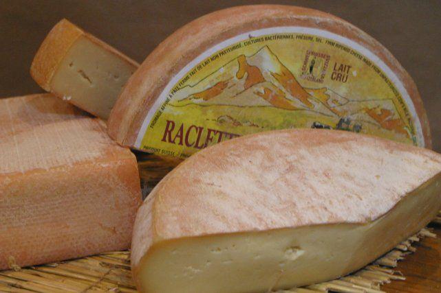 Divers fromages à raclette