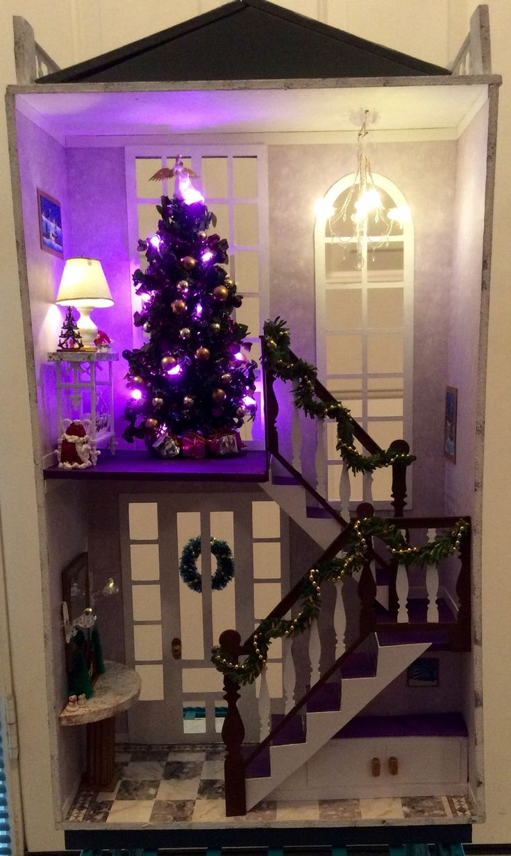 """Kathy K's """"A Hallway for All Seasons"""" designed by Ron Mummert decorated for Christmas -interior"""