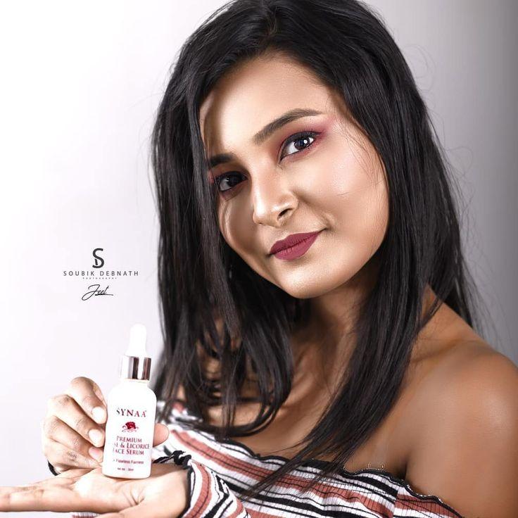 Hier sind die erstaunlichen Produkte von Synaa. Ich benutze das Rosenwasser Gesicht waschen …   – Halloween Makeup art