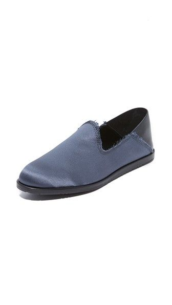 Get this PEDRO GARCÍA's loafers now! Click for more details. Worldwide shipping. Pedro Garcia Yamir Loafers: Raw trim adds a subtle, undone feel to these satin Pedro Garcia flats. Soft leather heel cap can be worn up or folded down. Rubber sole. Fabric: Satin. Made in Spain. This item cannot be gift-boxed. (mocasines, mocasín, slip-on, loafer, slip-ons, loafers, moccasins, slip on, mokassins, mocasines, mocassins, mocassini, mocasines)