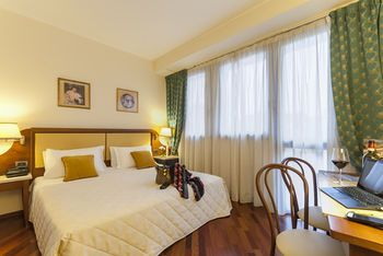 Hotel Pitti Palace al Ponte Vecchio - Hotels.com - Deals & Discounts for Hotel Reservations from Luxury Hotels to Budget Accommodations