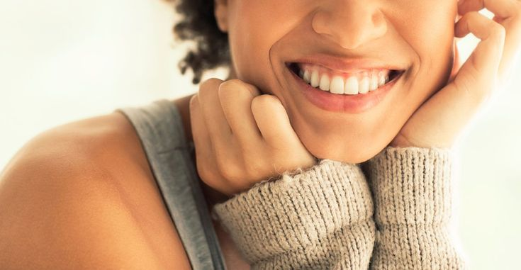 Want a whiter smile? Find out what to grab (and skip) at the grocery store. http://greatist.com/grow/foods-that-stain-teeth