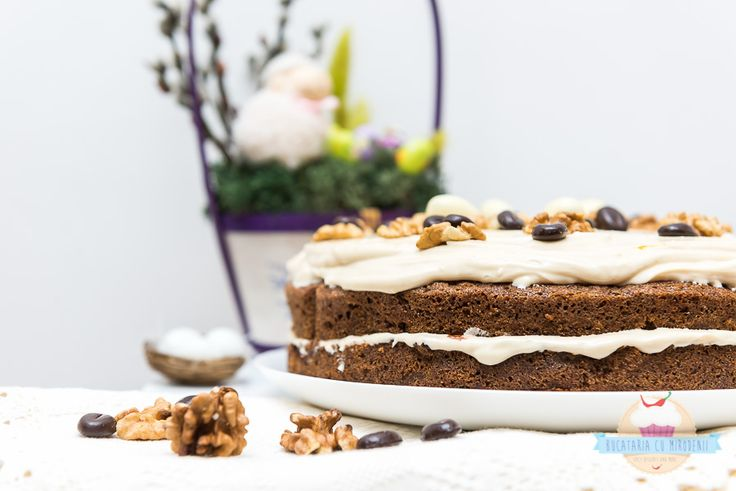 Coffee and nuts layer cake