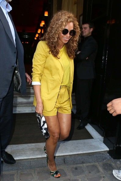 Beyonce Knowles Photos Photos - It was another 'City of Love' lunch date for Jay-Z and Beyonce in Paris, France on June 7th, 2012. - Another 'City Of Love' Lunch Date for Jay-Z and Beyonce