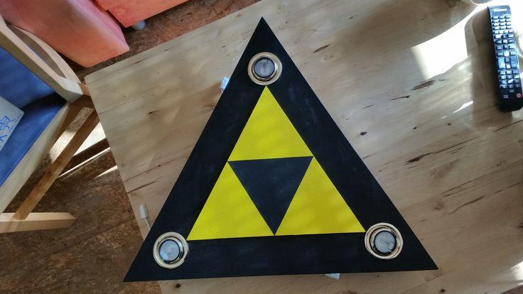 Zelda-Triforce-Lampe von Yanis & Susi