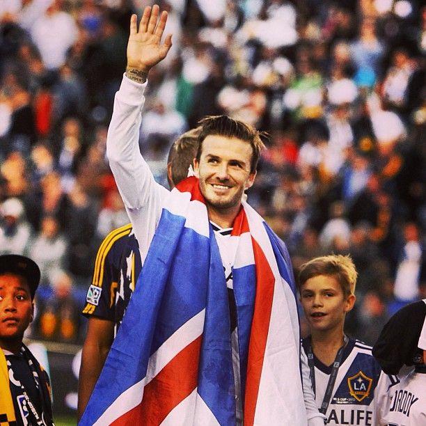 A true legend. David Beckham announces his retirement. Thanks for everything.