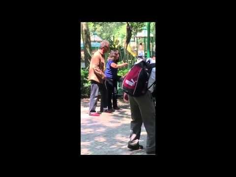 Video: Mujer atacada por amamantar en público | Blog de BabyCenter