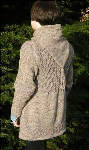 I have this pattern, I want to make it for me even though I will look like a stuffed sausage in it-I think it's gorgeous!