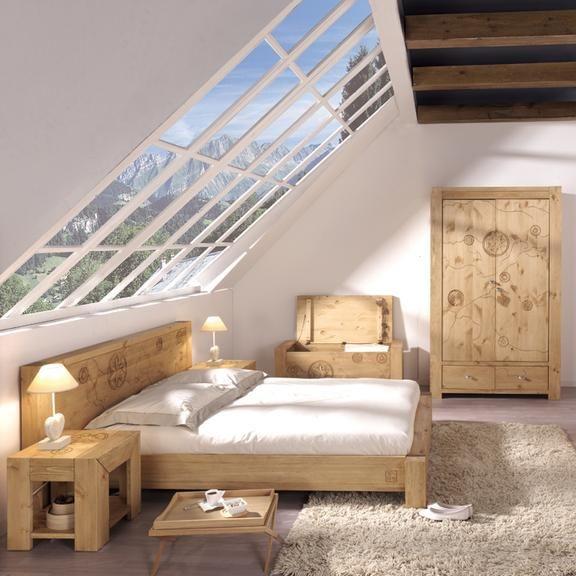 amenager une chambre dans les combles. Black Bedroom Furniture Sets. Home Design Ideas