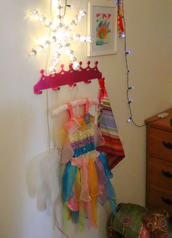 Tiara theme coat rack - pink anodised finish
