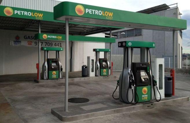 Una gasolinera de bajo coste ya implantada en Cataluña.