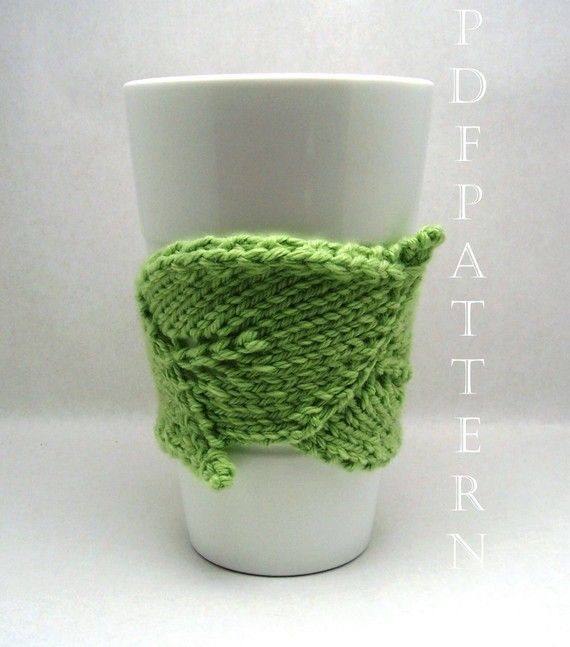 Give your coffee cozie a new design with this #crochet pattern.
