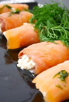 Rouleaux de saumon fumé à la ricotta, éclats d'amandes, aneth, citron et huile d'olive  - Entrée fraîche - Involtini di salmone affumicato alla ricotta