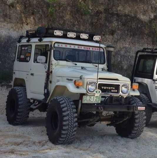 FJ40 Land Cruiser - Pure Offroad 4WD Toyota - All Go - No Show - Icon