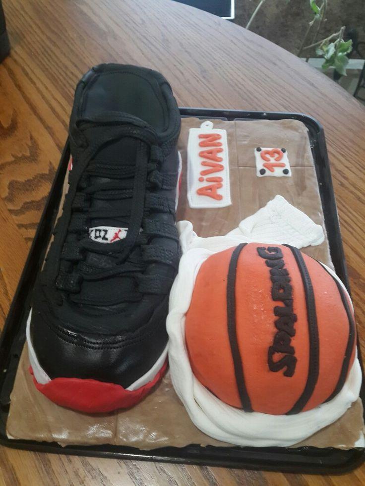 jordan basketball shoe cake