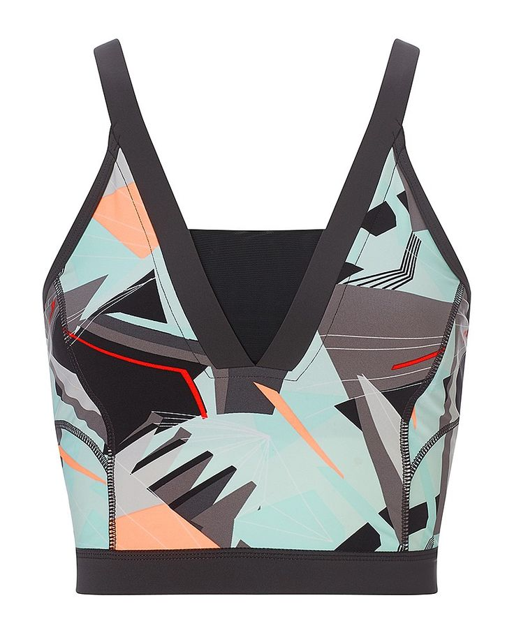 Stand out in this bold crop with a cut-out back detail for feminine style. Supporting you through every mile in comfort, this high-cut printed top provides instant urban edge to your run look. Equally as functional as it is fashionable, the fitted inner bra with powermesh lining offers built-in support.