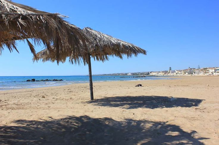 Spiaggia di Donnalucata - Beach of Donnalucata