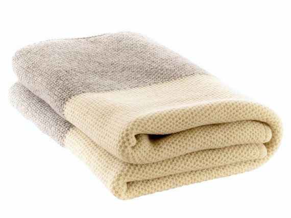 100 % Merino wool blanket, knitted blanket, wool blanket, white blanket, gray, big bed cover, warm blanket, wool bed throw, wrap, warm, home