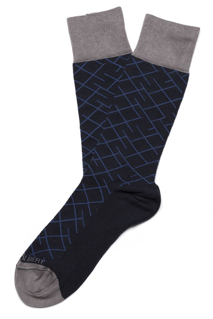 Every HOOK & ALBERT dress sock is made for style, comfort, performance and durability. Not only are they made to help you look your best, but also feel your best. No need to sacrifice comfort for styl