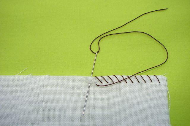 Puntos de costura a mano básicos para coser ropa de niños: Sobrehilado