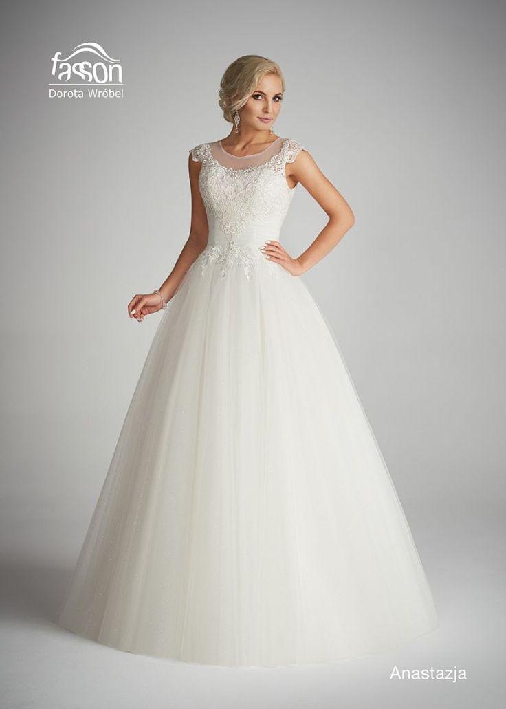 Anastazja, suknia ślubna