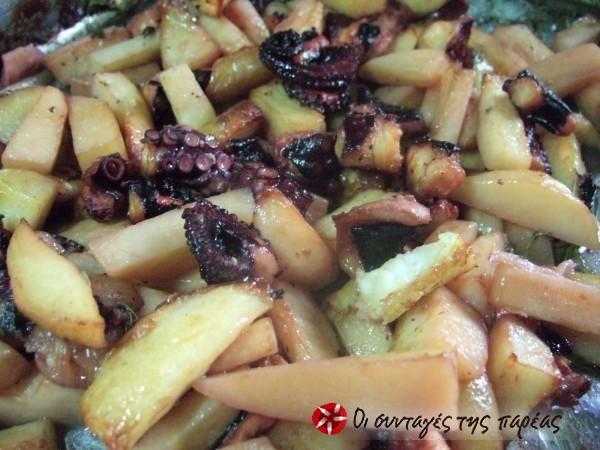 Χταπόδι στο φούρνο (στο φούρνο ;;;) με πατάτες #sintagespareas