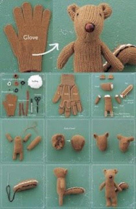 Süßer Bär aus einem Handschuh