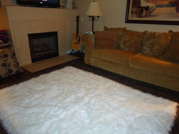 Good 52 Best Fur Accents Faux Fur Sheepskin And Bear Skin Throw Rugs Carpets  Flooring And Luxury Bedding Images On Pinterest | Luxury Bedding, Throw Rugs  And ...