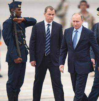 OIL - Russia's Putin sees high probability of oil freeze