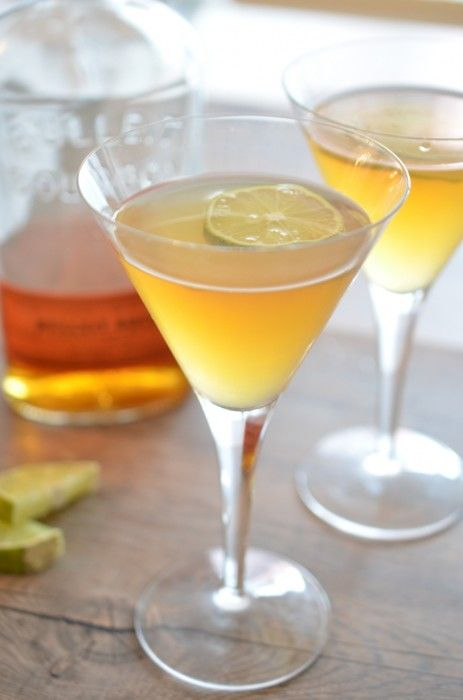 The Best Bourbon Sour: a sophisticated and easy to make bourbon based cocktail with fresh lime and Triple Sec.