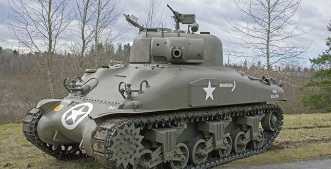 Symbols of war roll into Paine Field — just for show - http://www.warhistoryonline.com/war-articles/symbols-of-war-roll-into-paine-field-just-for-show.html