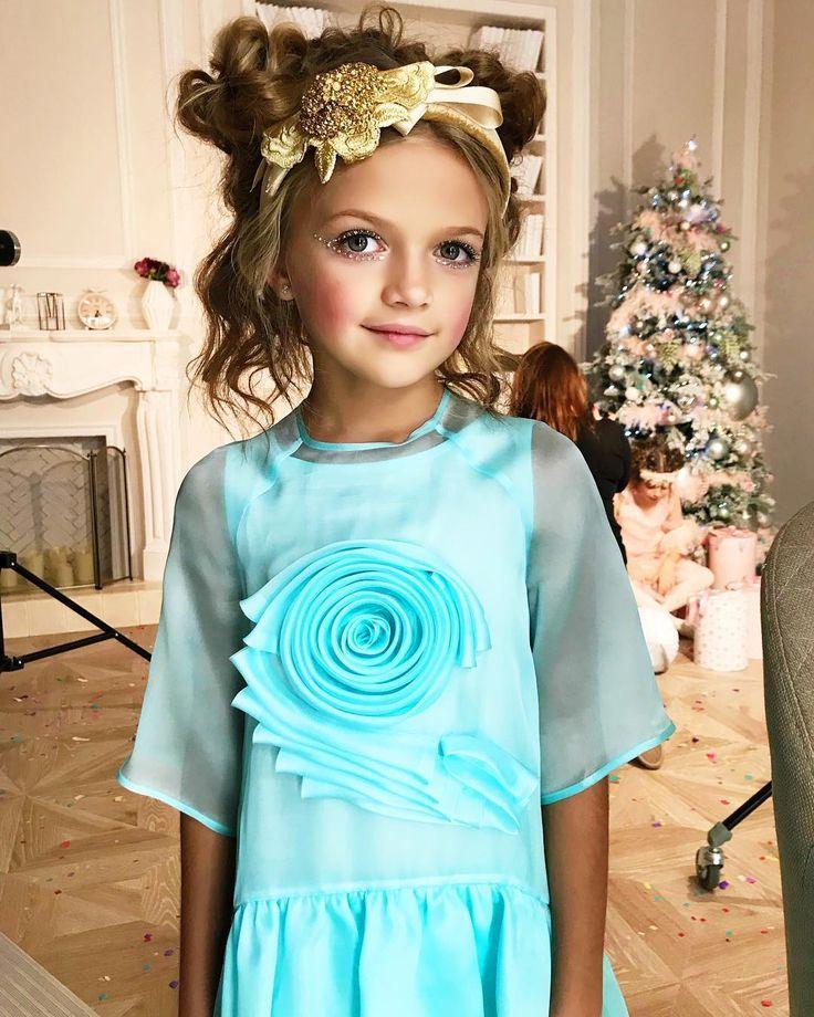 #MilanaMostovaya #backstage @daniel_boutique ✨✨✨#quisquis #kidsfashion #fashionkids