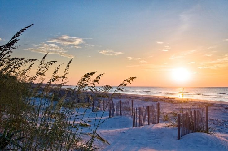 Though Hilton Head is only 12 miles long and 5 miles wide, there's plenty to do with over 250 restaurants, 350 tennis courts, and 24 championship golf courses.