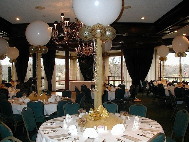 White gold wedding balloons and balloon decorations on for Balloon decoration business
