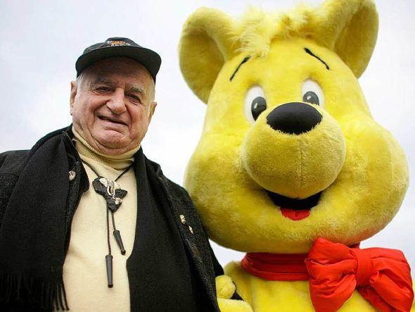 """Goldbär"" and Hans Riegel from Bonn (=Haribo) ~ famous Gummibear producer"