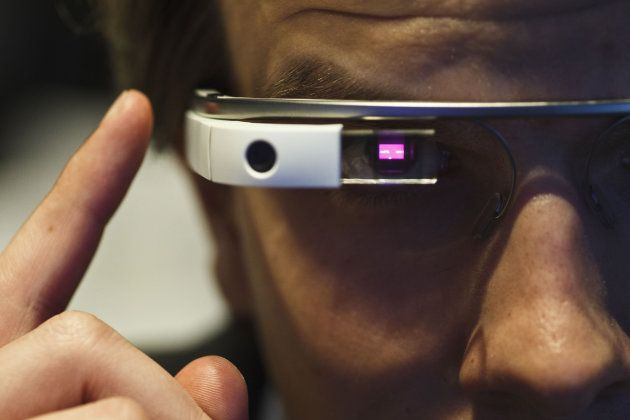Doctors report a case of Google Glass addiction, it seems to have found its market, and as a medical tool would not look dorky ;-)