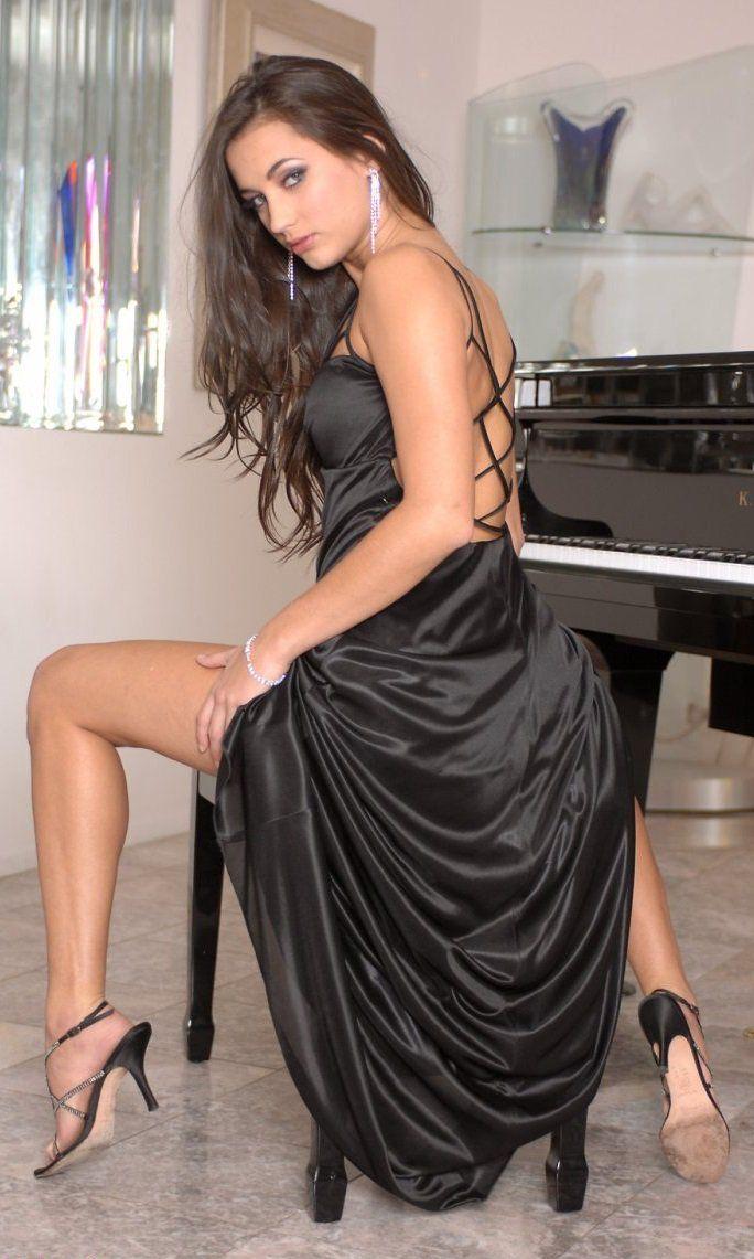 3371 best Hot Legs n High Heels! images on Pinterest ...