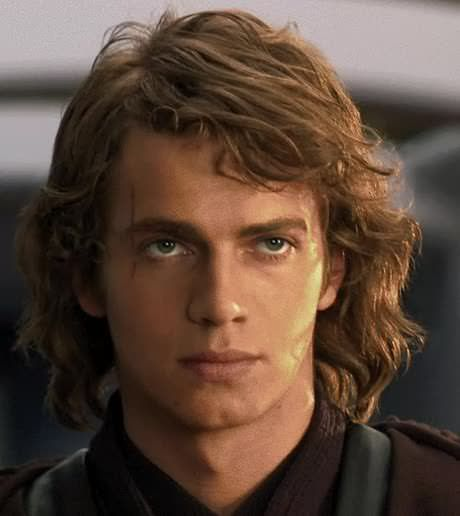This is what a middle-aged, Jedi Knight Anakin Skywalker would've looked like…