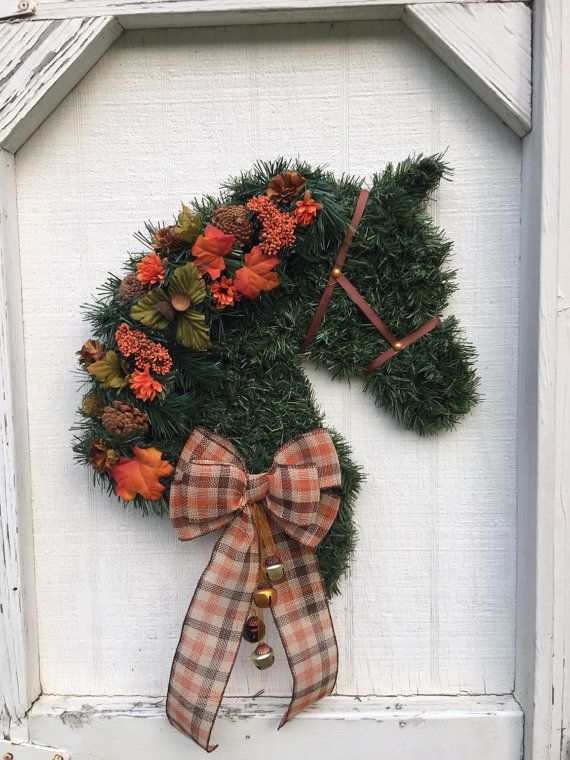 Horse Head Wreath Left or Right Facing by CherryEquine on Etsy