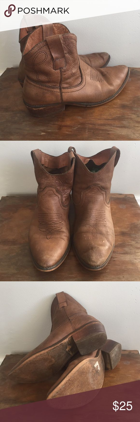 Vintage leather cowboy boots Vintage cowboy boots! Some scratches on toe of left shoe. Can probably be buffed out with polish. Really comfortable boot! Vintage Shoes Ankle Boots & Booties