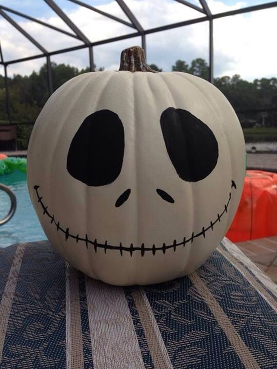 Looks like the Nightmare Before Christmas skeleton!! Love this pumpkin, making it for Halloween this year!
