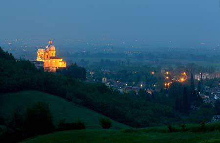 Fiorano by night