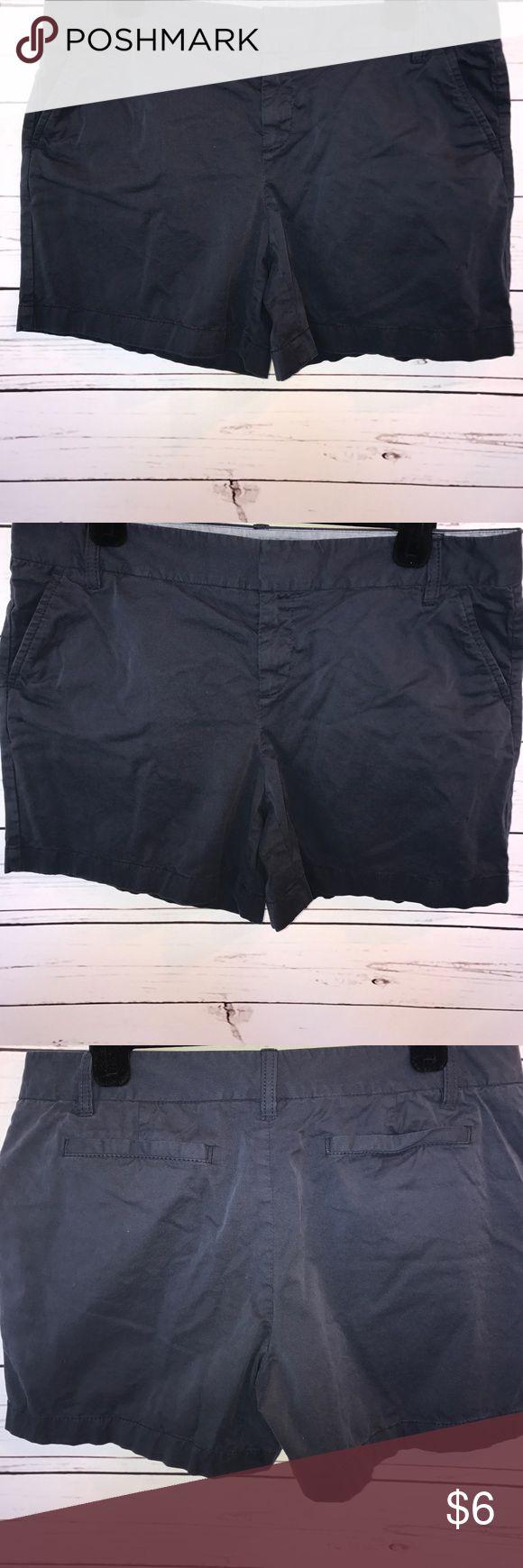 "Caslon Navy blue shorts size 10 Navy blue basic short by Caslon Size 10 lower rise waist measures 17"" ❤️😊🐾 Caslon Shorts"