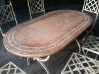 Tavolo da giardino ovale con base e sedie in ferro battuto color avorio #tavolo #ferrobattuto #shabby